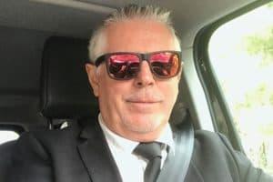Didier VINCENT est chef d'entreprise d'une compagnie de transport avec location de véhicule et conducteur